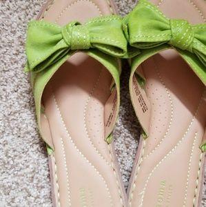 Cute bow slides